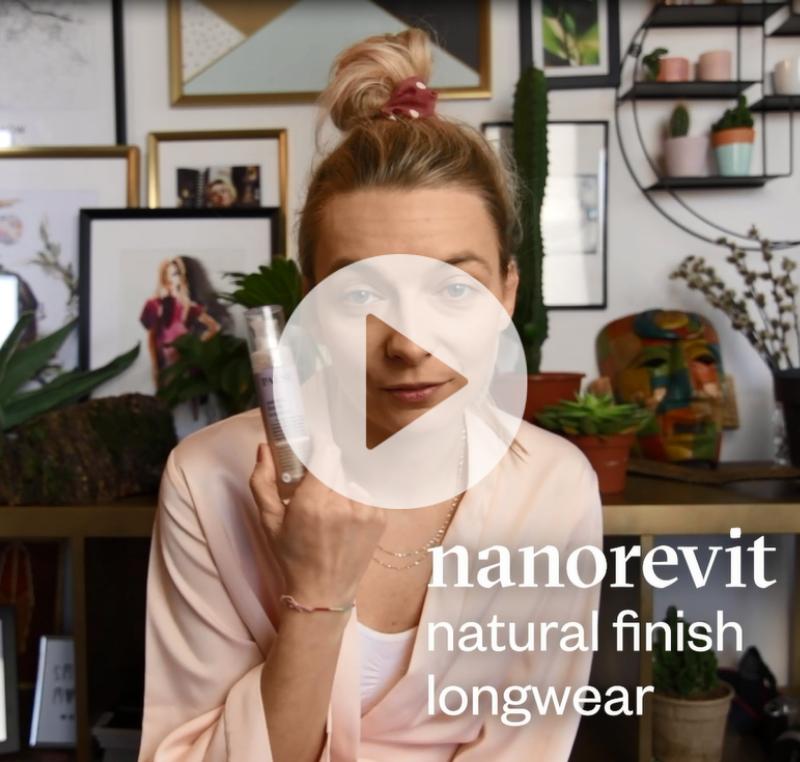 Długotrwały podkład o naturalnym wykończeniu Nanorevit Natural Finish Longwear Everyday Foundation 35 ml
